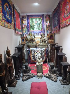 Buddha Shop Albury - Free space to sit and relax - alone or with friend